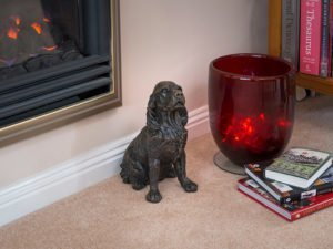 Our lovely figurine ashes urns are so discreet and look lovely in any setting. Sculptured ornamental ashes urns caskets for pets.