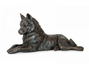 Husky dog figurine ashes urn for cremated pet ashes. A beautiful statuette to remind you of your beloved Husky, Malamute or spitz breeds.